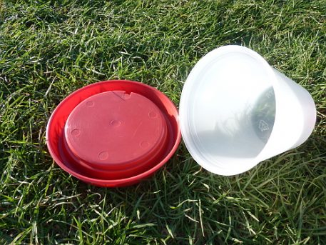Push fit plastic game bird and poultry drinker