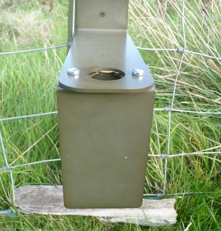 PERDIX Spiral guard - front view when attached to post mount