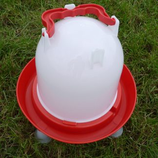 Strudy plastic water drinker for poultry and game birds.