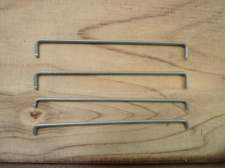 Spacing rods for baiting compartment - give 5mm or 10mm opening for different sized baits