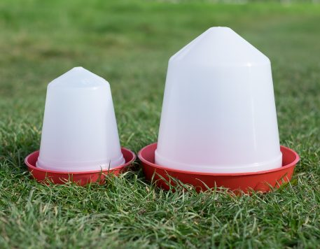 Push fit gamebird and poultry drinkers available in different sizes